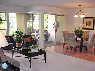 Oakland Condo For Sale